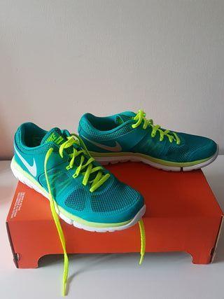Zapatillas Nike mujer talla 37.5 (23.5cm)