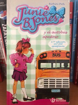 Junie B Jones y el autobús apestoso