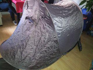 tienda campaña / tent