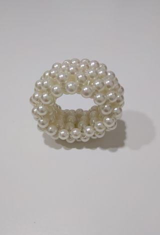 Accesorio para pelo de perlas de Bijou Brigitte