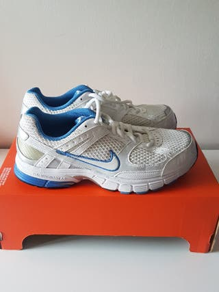 Zapatillas Nike Unisex talla 39 (25cm)