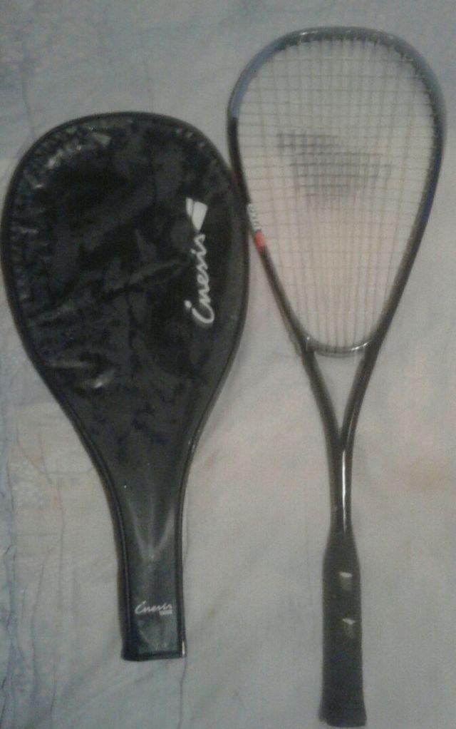 Tres Raquetas