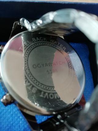 reloj unisex... Marca : Ogyawatch