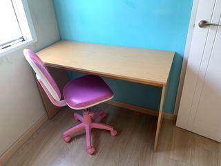 """Silla escritorio con ruedas """"pitufos"""""""