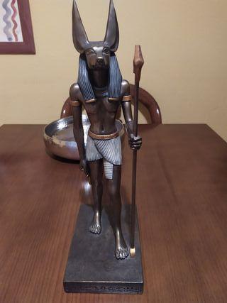 Figura Dios Anubis