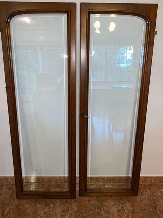 Puertas de madera cerezo y cristal