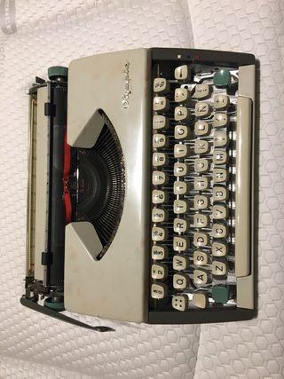 Maquina de escribir clásica Olympia