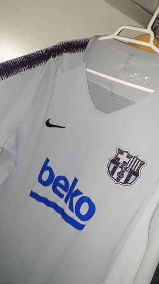 Camiseta de entrenamiento del FC Barcelona.