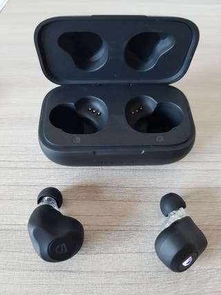 Auriculares inalámbricos Bluetooth 5.0 nuevos