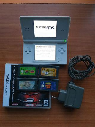 Nintendo Ds lite, cargador y juegos