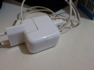 cargador Apple original para iPod classic