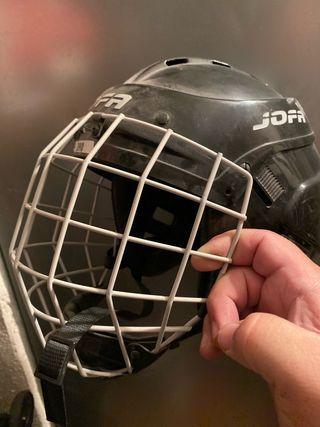 Casco hockey TALLA 56/58