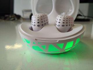 HolyHigh Auriculares Inalambricos Bluetooth