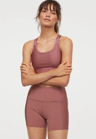 vendo unos shorts de entrenamiento de H&M