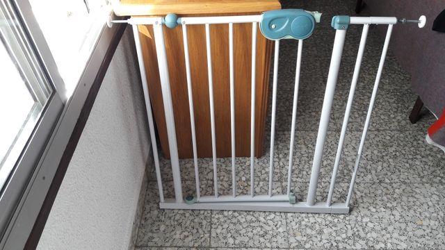 Barrera infantil metalica