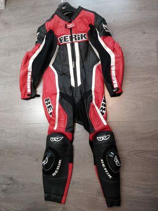 Mono 1 pieza Berik Racing