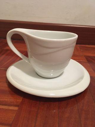 Set de seis tazas con plato