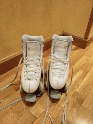 Patines de 4 ruedas de patinaje artistico.Num 35