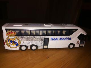 Juguetes autobus del Real Madrid