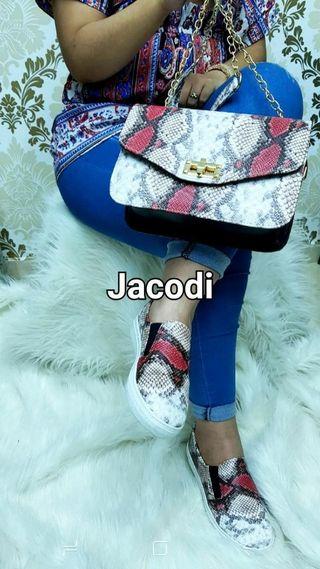 conjunto bolso+zapatillas