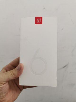 Caja vacia OnePlus 6