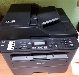 impresora blanco y negro
