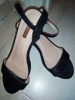 venta sandalia tacón bajo