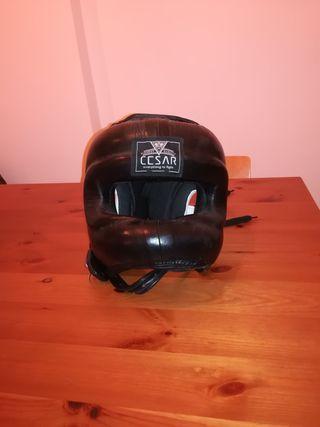 casco de boxeo cesar