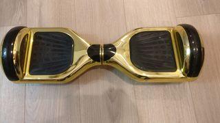 hoverboard dorado brillante