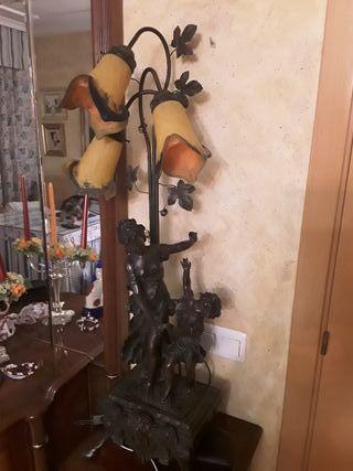se vende lámpara