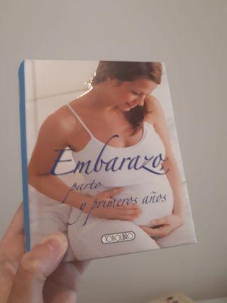 Libro: Embarazo, parto y primeros años.