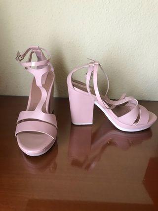 Sandalias de tacón rosa palo 38