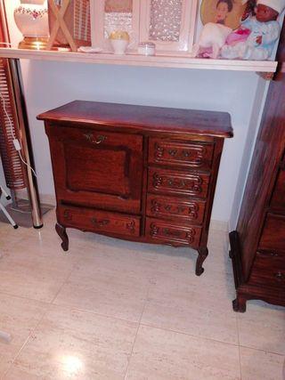 mueble TV madera estilo Francés. Cajonera Roble.