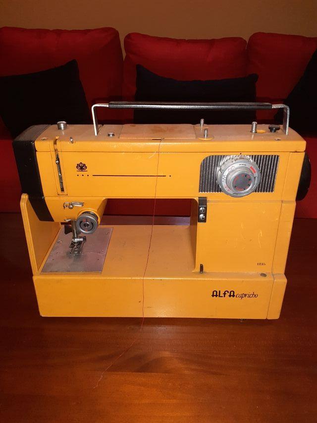 Maquina de coser ALFA CAPRICHO.1235 de segunda mano por