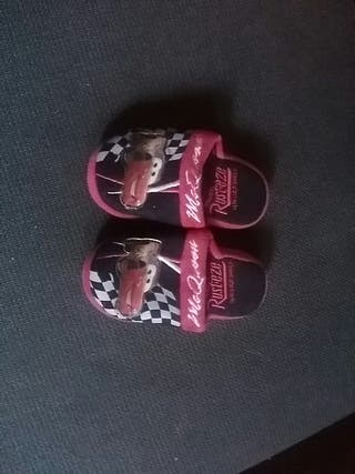 zapatillas de estar por casa CARS RAYO MCQUEEN 24
