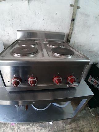 cocina industrial de 4 hornillas