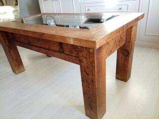 mesa rustica con expositor
