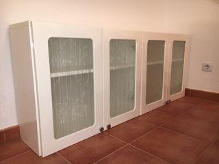 Armario pared blanco