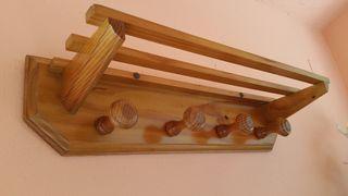 Perchero vintage de madera