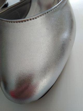 Zapato de baile color plata. Números 36-37-38-39