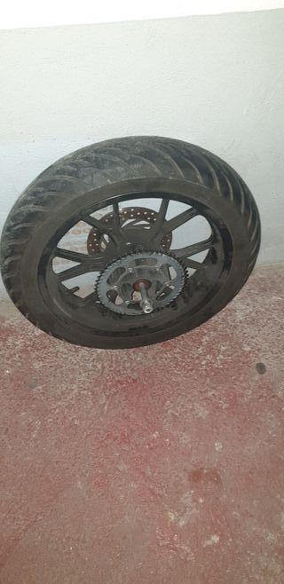 2 ruedas de Aprilia rs4 50