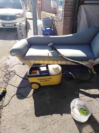 limpia tapiceria de coches y sofá