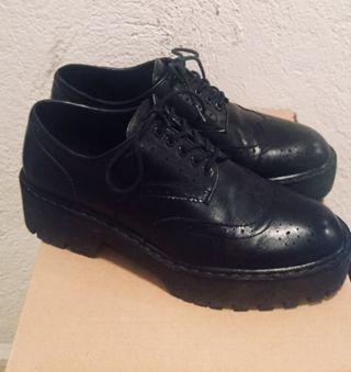 Zapatos Zara negros piel Oxford