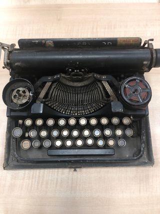 Màquina escribir antigua