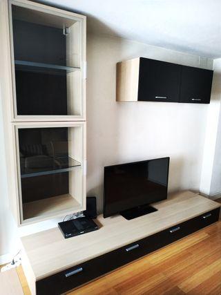 Conjunto muebles madera maciza para comedor. TV