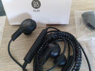 Auriculares exclusivos BANG & OLUFSEN LG V30 nuevo