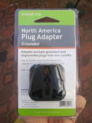 Adaptador enchufe americano
