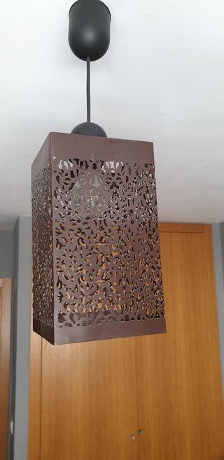 Lámpara de techo marrón metálica
