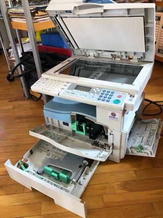 Impresora, fotocopiadora, fax, escáner