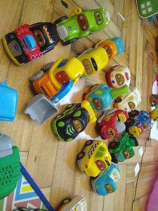 coche tut tut bolidos (tengo 17 coches)